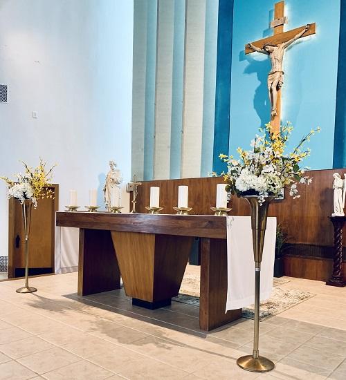 sacred heart church altar